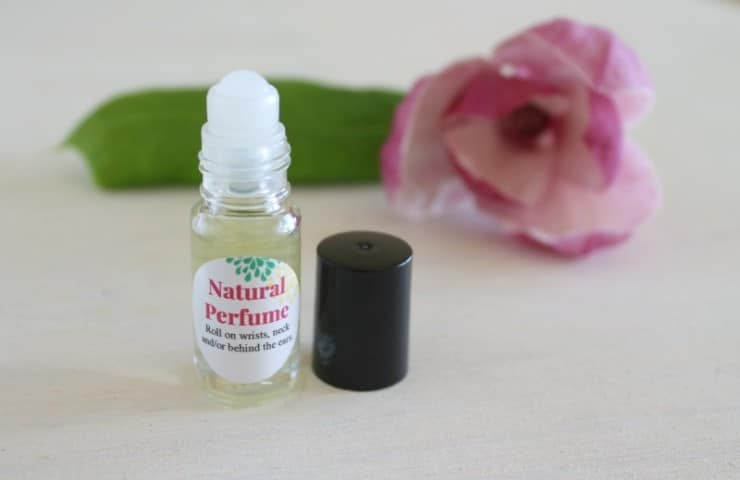 5-Minute Natural DIY Perfume