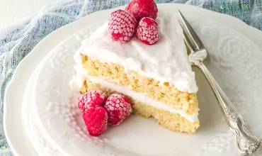 Fluffy Vanilla Coconut Flour Cake (Paleo & Keto)