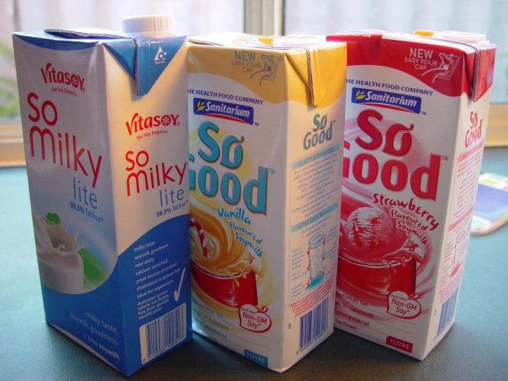 cartons-of-soy-milk_w725_h544