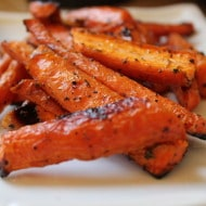 Simple Roasted Carrots (and how I got my significant other to try new foods)