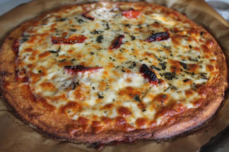 Cauliflower pizza1