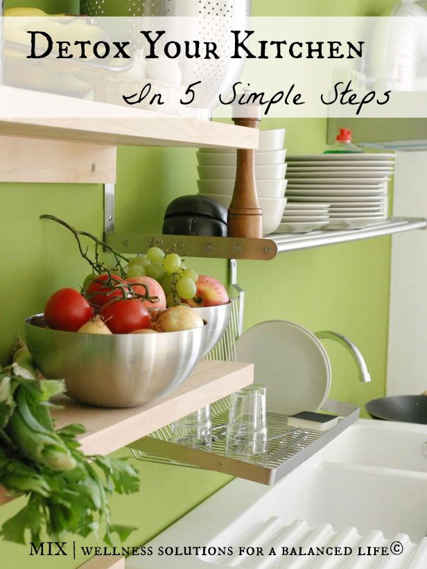 Detox Your Kitchen. How To detox your kitchen in 5 simple steps, from cookware, storage to kitchen cleaners. healyeatsreal.com #detox #chemicalfree #healyeatsreal