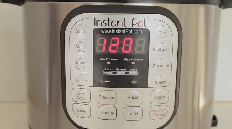 Instant pot buttons with 120 minutes set on the timer