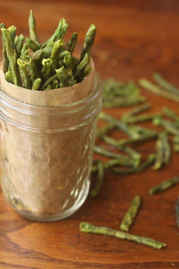 Green beans in a glass jar