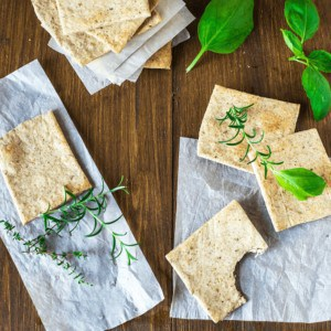 Homemade Almond Herb Cracker Recipe Paleo