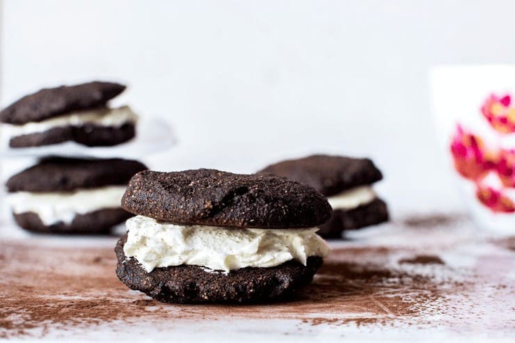 Chocolate Whoopie Pie Cookie
